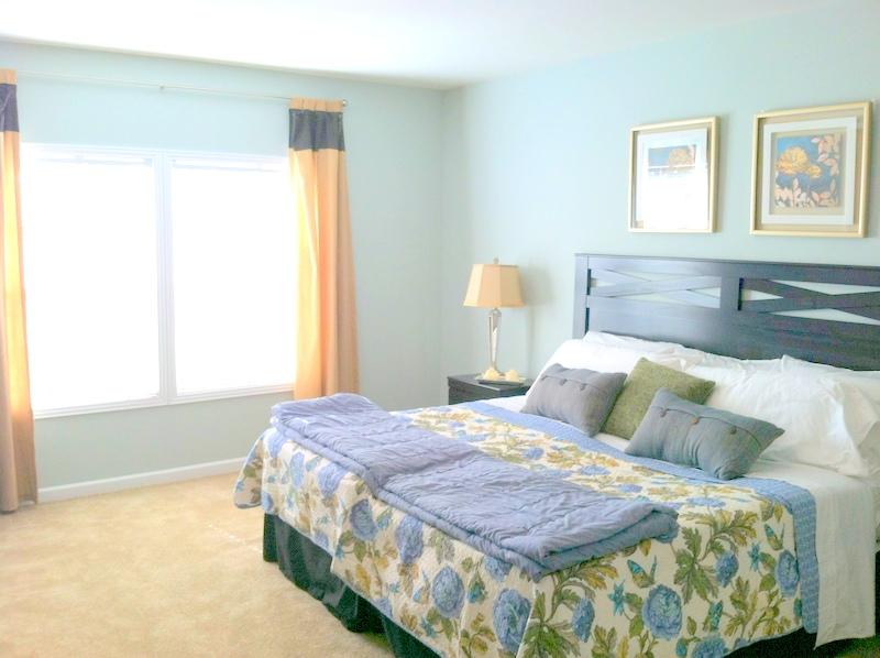 101 Bluefish Master Bed 2
